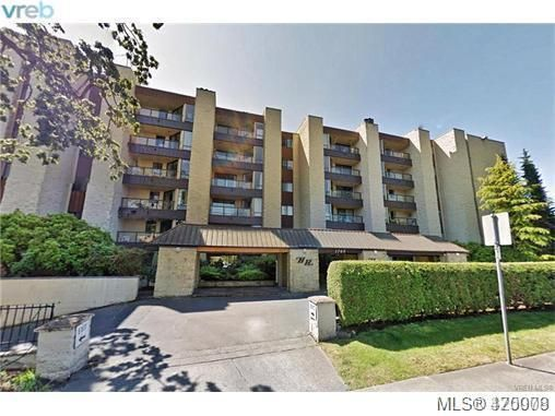 Main Photo: 411 1745 Leighton Rd in VICTORIA: Vi Jubilee Condo for sale (Victoria)  : MLS®# 831242