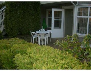 "Photo 8: 106 7038 21ST Avenue in Burnaby: Middlegate BS Townhouse for sale in ""THE ASHBURY"" (Burnaby South)  : MLS®# V631772"