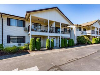 """Photo 3: 75 32959 GEORGE FERGUSON Way in Abbotsford: Central Abbotsford Townhouse for sale in """"Oakhurst Estates"""" : MLS®# R2481280"""
