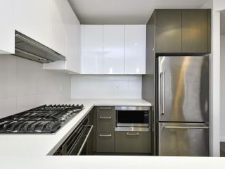 """Photo 8: 2103 3080 LINCOLN Avenue in Coquitlam: North Coquitlam Condo for sale in """"1123 Westwood"""" : MLS®# R2533543"""