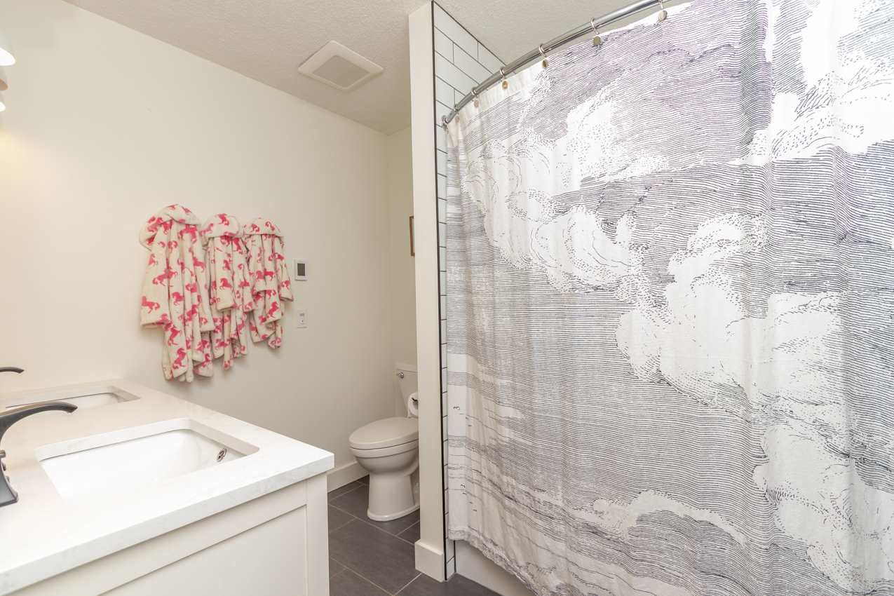 Photo 33: Photos: 1314 MOUNTAIN Highway in North Vancouver: Westlynn House for sale : MLS®# R2572041