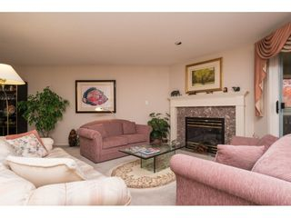 """Photo 3: 181 13888 70 Avenue in Surrey: East Newton Townhouse for sale in """"CHELSEA GARDENS"""" : MLS®# R2134265"""