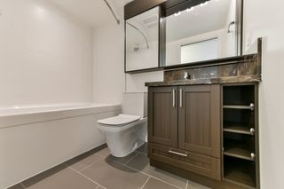 """Photo 9: 2102 5470 ORMIDALE Street in Vancouver: Collingwood VE Condo for sale in """"WALL CENTRE CENTRAL PARK 3"""" (Vancouver East)  : MLS®# R2537972"""