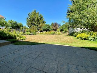 Photo 31: 498 Vincent Ave in : SW Gorge House for sale (Saanich West)  : MLS®# 882038
