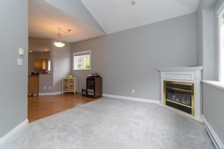 Photo 7: 102 951 Goldstream Ave in : La Langford Proper Row/Townhouse for sale (Langford)  : MLS®# 886212