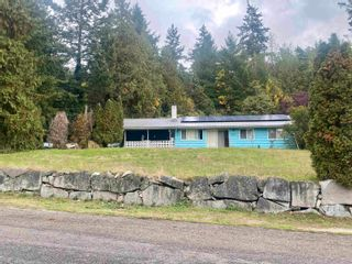 Photo 1: 12918 FRONT Road in Madeira Park: Pender Harbour Egmont House for sale (Sunshine Coast)  : MLS®# R2625769