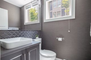 """Photo 16: 2 115 W QUEENS Road in North Vancouver: Upper Lonsdale Townhouse for sale in """"Queen's Landing"""" : MLS®# R2613989"""