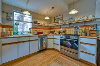 Photo 12: 2321 YEW Street in Vancouver: Kitsilano House for sale (Vancouver West)  : MLS®# R2578064