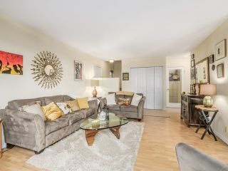 """Photo 3: 1236 PREMIER Street in NORTH VANC: Lynnmour Townhouse for sale in """"LYNNMOUR VILLAGE"""" (North Vancouver)  : MLS®# R2006636"""