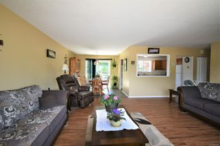 Photo 5: 2035 Bolt Ave in : CV Comox (Town of) House for sale (Comox Valley)  : MLS®# 881583