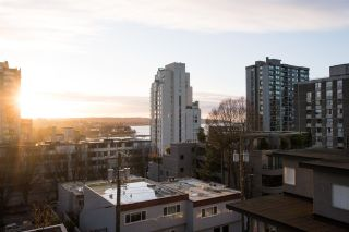 """Photo 7: 402 1250 BURNABY Street in Vancouver: West End VW Condo for sale in """"The Horizon"""" (Vancouver West)  : MLS®# R2529902"""