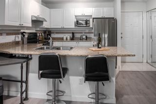 "Photo 9: 402 1591 BOOTH Avenue in Coquitlam: Maillardville Condo for sale in ""Le Laurentien"" : MLS®# R2245696"