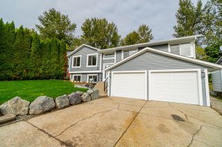 Photo 1: 33019 MALAHAT Place in Abbotsford: Central Abbotsford House for sale : MLS®# R2625309