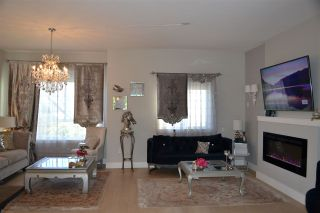 Photo 4: 201 1405 DAYTON Street in Coquitlam: Burke Mountain Townhouse for sale : MLS®# R2480345