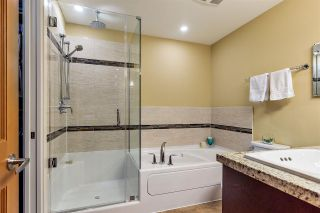 "Photo 10: 317 8157 207 Street in Langley: Willoughby Heights Condo for sale in ""YORKSON"" : MLS®# R2247686"