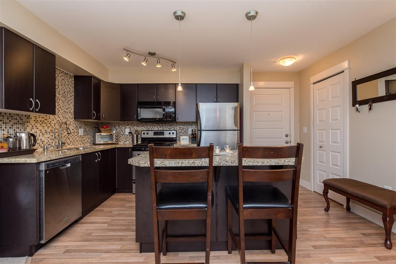 """Photo 3: Photos: 221 2515 PARK Drive in Abbotsford: Abbotsford East Condo for sale in """"Viva on Park"""" : MLS®# R2428656"""