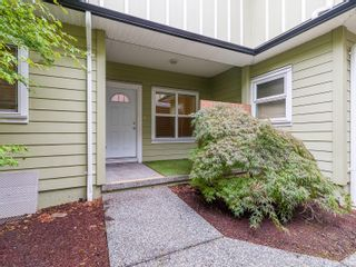 Photo 4: 102 582 Rosehill St in : Na Central Nanaimo Row/Townhouse for sale (Nanaimo)  : MLS®# 886786