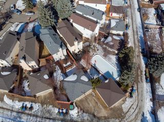 Photo 31: 211 Coachway Road SW in Calgary: Coach Hill Detached for sale : MLS®# A1088141
