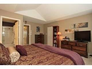 """Photo 10: 18650 65TH Avenue in SURREY: Cloverdale BC Townhouse for sale in """"RIDGEWAY"""" (Cloverdale)  : MLS®# F1215322"""