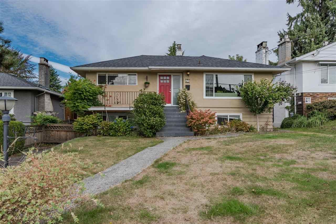 Main Photo: 470 W KINGS ROAD in : Upper Lonsdale House for sale : MLS®# R2209840
