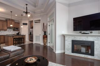Photo 8: 1012 10142 111 Street in Edmonton: Zone 12 Condo for sale : MLS®# E4263912