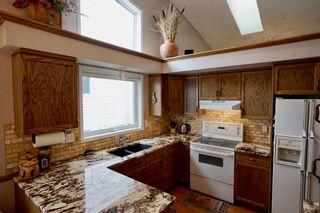 Photo 11: 32 DOUGLASVIEW Park SE in Calgary: Douglasdale/Glen House for sale : MLS®# C4190218