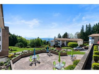 "Photo 8: 202 1350 VIDAL Street: White Rock Condo for sale in ""Seapark"" (South Surrey White Rock)  : MLS®# R2607938"