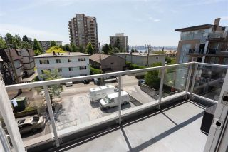 """Photo 18: PH10 1288 CHESTERFIELD Avenue in North Vancouver: Central Lonsdale Condo for sale in """"Alina"""" : MLS®# R2479203"""