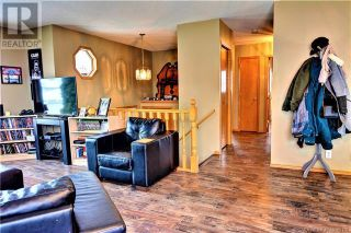 Photo 10: 51 Kemp Avenue in Red Deer: House for sale : MLS®# A1103323
