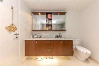 """Photo 8: 2205 1028 BARCLAY Street in Vancouver: West End VW Condo for sale in """"PATINA"""" (Vancouver West)  : MLS®# R2459180"""