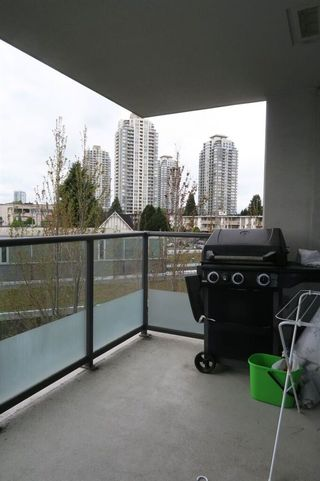 Photo 5: 506 7328 ARCOLA STREET in Burnaby: Highgate Condo for sale (Burnaby South)  : MLS®# R2055867