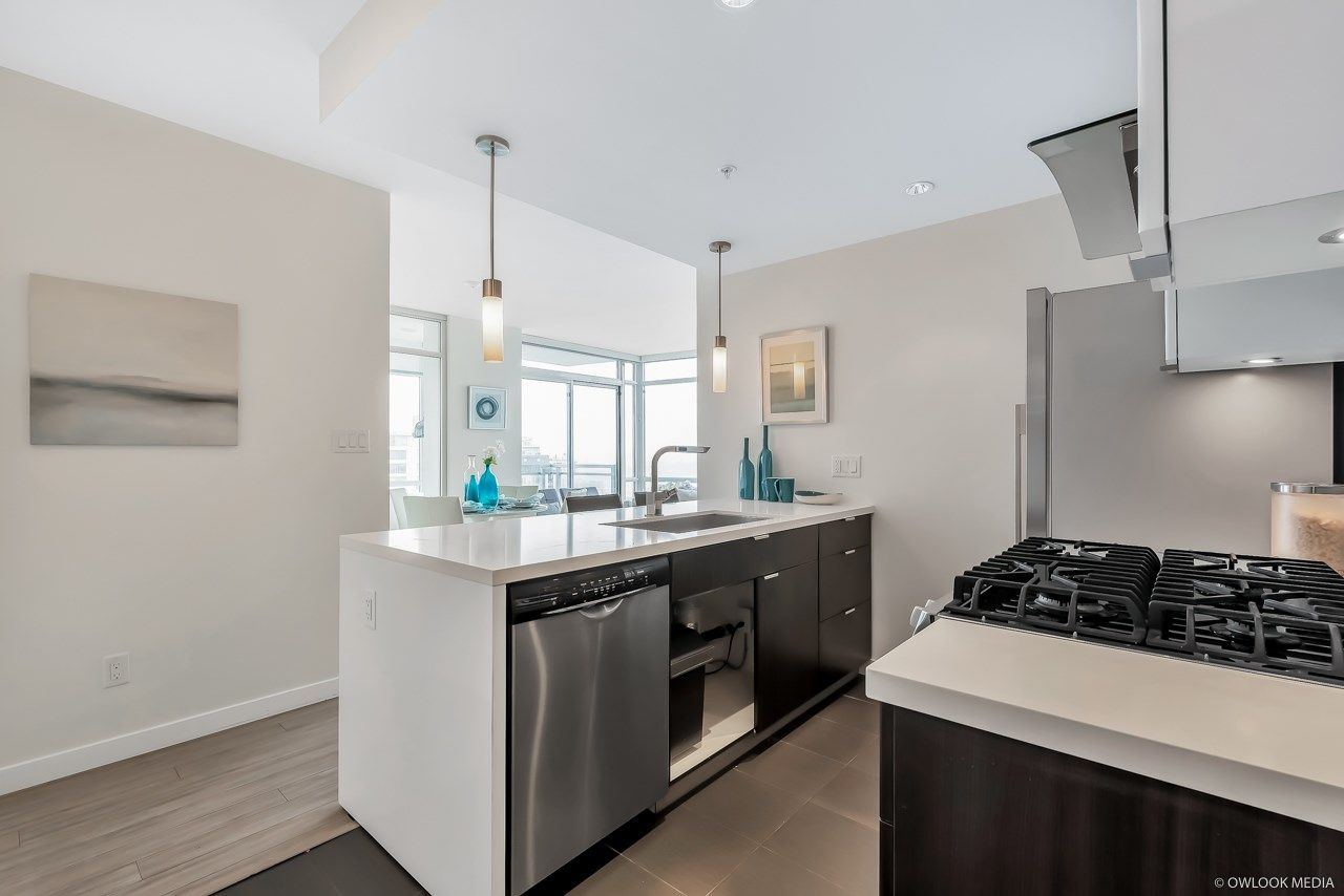 Photo 7: Photos: 1903 1775 QUEBEC Street in Vancouver: Mount Pleasant VE Condo for sale (Vancouver East)  : MLS®# R2433958