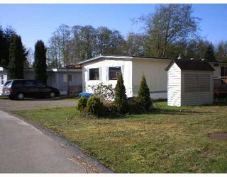 """Photo 1: 70 1413 HIGHWAY 101 BB in Gibsons: Gibsons & Area Manufactured Home for sale in """"THE POPLARS"""" (Sunshine Coast)  : MLS®# V643850"""
