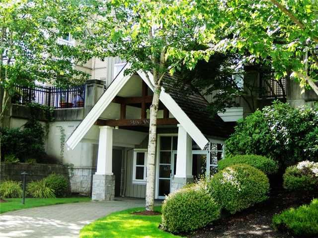 """Main Photo: 109 1438 PARKWAY Boulevard in Coquitlam: Westwood Plateau Condo for sale in """"MONTREUX"""" : MLS®# V910536"""
