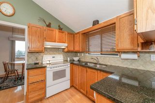 Photo 5: 2943 KEETS Drive in Coquitlam: Ranch Park House for sale : MLS®# R2413200