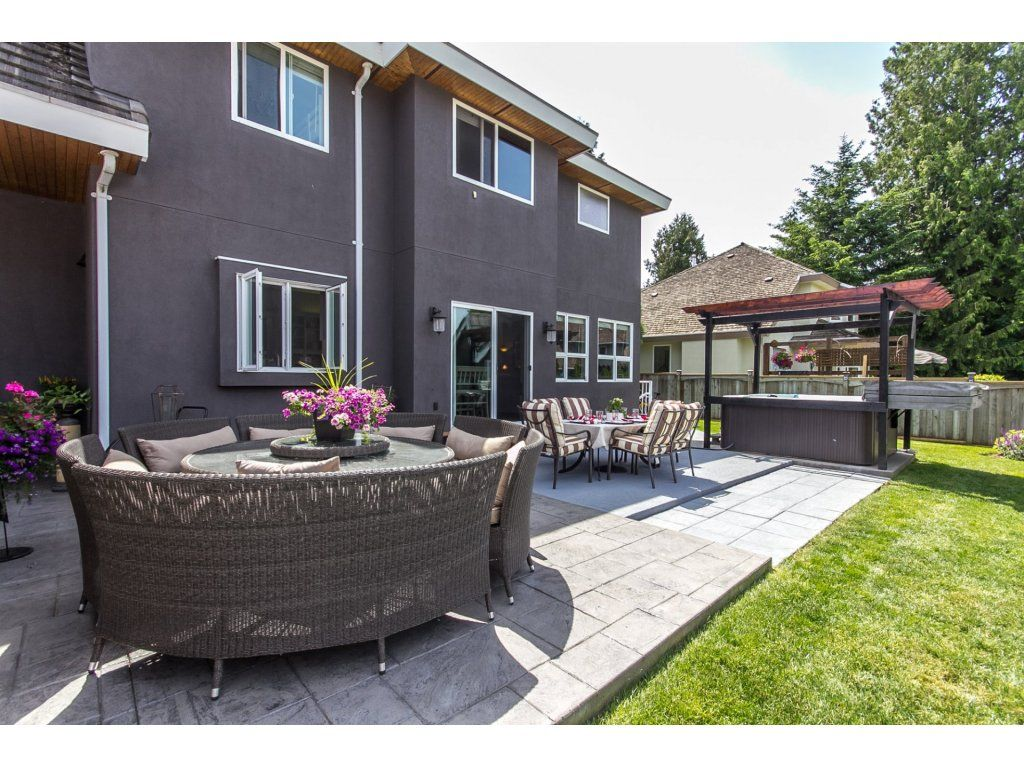 "Photo 52: Photos: 21113 44A Avenue in Langley: Brookswood Langley House for sale in ""CEDAR RIDGE"" : MLS®# R2173937"