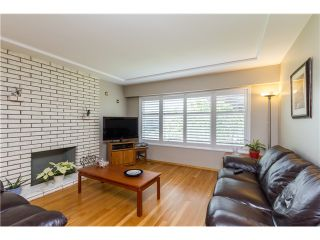 Photo 3: 3113 E 51ST Avenue in Vancouver: Killarney VE House for sale (Vancouver East)  : MLS®# V1067841
