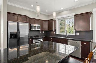 Photo 8: 105 2060 Troon Crt in : La Bear Mountain House for sale (Langford)  : MLS®# 873827