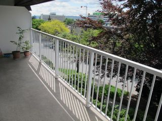 """Photo 12: 409 331 KNOX Street in New Westminster: Sapperton Condo for sale in """"WESTMOUNT ARMS"""" : MLS®# R2169687"""