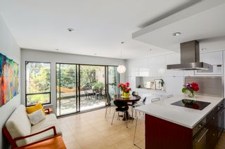 Photo 1:  in Vancouver: Home for sale : MLS®# V1069953