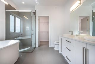 Photo 27: 7 Hill Grove Point in Winnipeg: Bridgwater Forest Residential for sale (1R)  : MLS®# 202015737