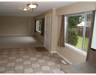 Photo 8: 11637 203RD Street in Maple_Ridge: Southwest Maple Ridge House for sale (Maple Ridge)  : MLS®# V682722
