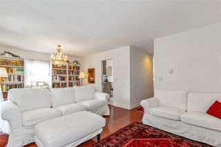 Photo 3: 24 888 W 16 STREET in North Vancouver: Mosquito Creek Townhouse for sale : MLS®# R2472821