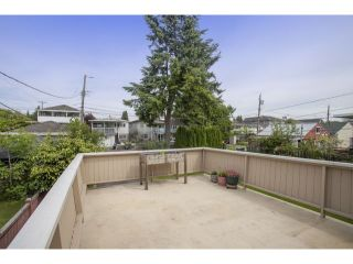 "Photo 17: 15 E 51ST Avenue in Vancouver: South Vancouver House for sale in ""MAIN STREET"" (Vancouver East)  : MLS®# V1124628"