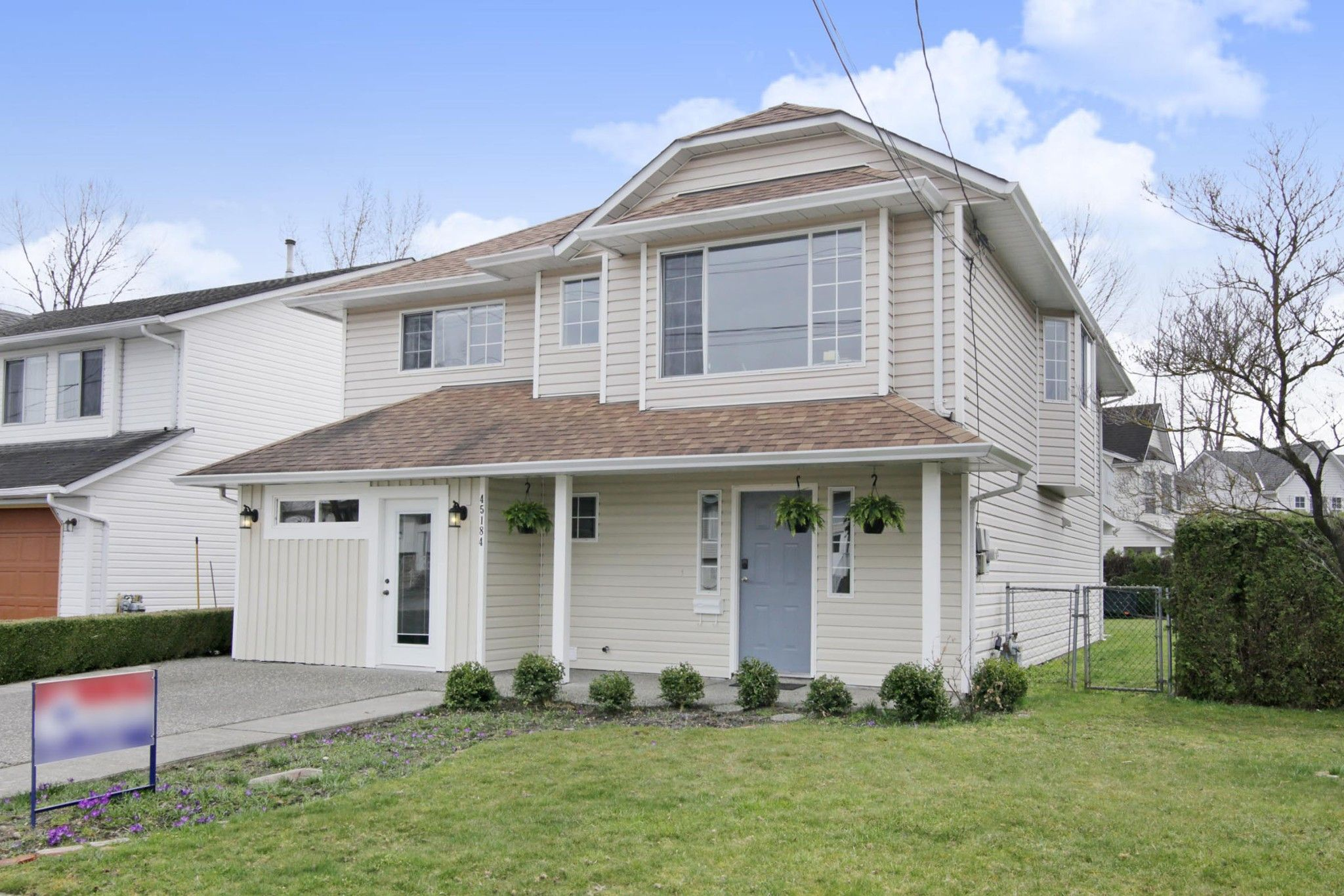 Main Photo: 45184 DEANS Avenue in Chilliwack: Chilliwack W Young-Well House for sale : MLS®# R2364570