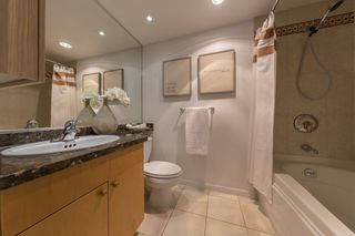 """Photo 12: TH103 1288 MARINASIDE Crescent in Vancouver: Yaletown Townhouse for sale in """"Crestmark"""" (Vancouver West)  : MLS®# R2281597"""