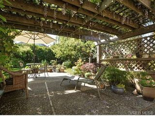 Photo 18: 2544 Shakespeare St in VICTORIA: Vi Oaklands House for sale (Victoria)  : MLS®# 702411