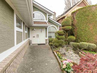 Photo 2: 6277 WOODWARDS Road in Richmond: Woodwards House for sale : MLS®# R2159659