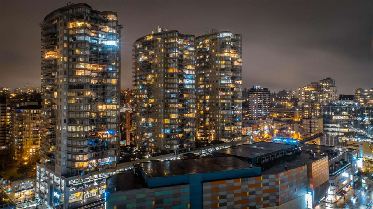Main Photo: 1805 988 QUAYSIDE DRIVE in New Westminster: Quay Condo for sale : MLS®# R2541007
