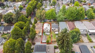 """Photo 6: 381 E 19TH Avenue in Vancouver: Main House for sale in """"Riley Park/Mt.Pleasant"""" (Vancouver East)  : MLS®# R2607959"""
